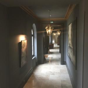 Chateau de Thil Hallway2
